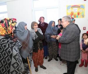 Vali Ahmet Hamdi Nayir: Halka hizmet etmek için varız, devlet bize onun için maaş veriyor