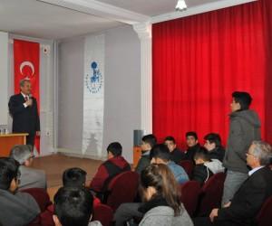 Başkan Akkaya mezun olduğu lisedeki öğrencilerle buluştu