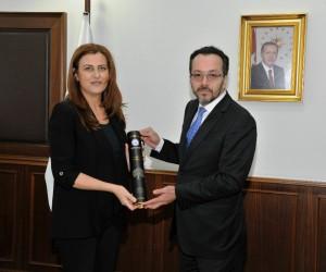 Nişantaşı Üniversitesi Rektörü Hatipoğlu, Bircan'ı ziyaret etti