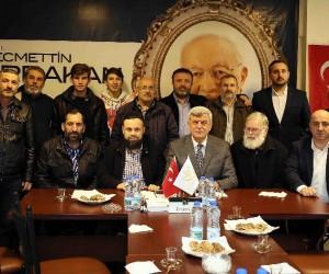Başkan Karaosmanoğlu, Darıca Erbakan Vakfını ziyaret etti