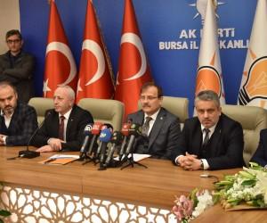 Hakan Çavuşoğlu 2002 yılı ile yeni asgari ücreti kıyasladı