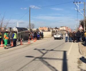 Bursa'da Otomobil Durağa Daldı, Küçük Enes Kurtarılamadı