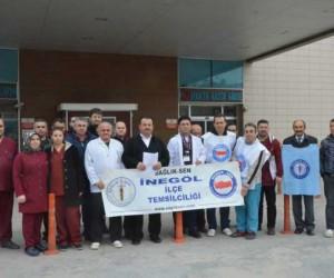 Acil serviste sağlık personeline saldırıya tepki