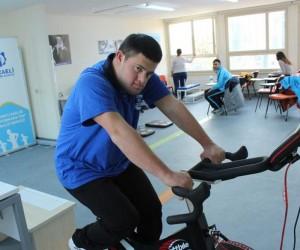 Milli sporcu Anıl Demir, sağlık testlerinde başarıyla geçti