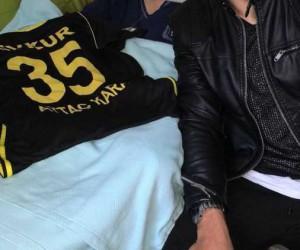 Evkur Yeni Malatyasporlu Aytaç Kara, engelli hayranıyla buluştu