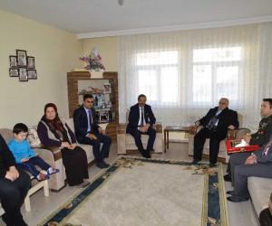 Şehit Uzman Çavuş Ramazan Karaca'nın ailesine şehadet belgesi verildi
