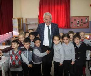Sarıidris Belediye Başkanı Ramazan Pala'dan, okul ziyareti
