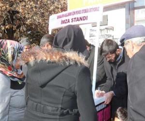 Van'da 'Pembe Otobüs' kampanyası
