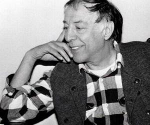 Usta sanatçı Münir Özkul hayatını kaybetti