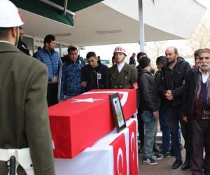 Şehit Er Adem Akpınar, Erzincan'da son yolculuğuna uğurlandı