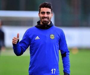 """Turgut Doğan Şahin: """"Taraftarımız sayesinde maçlarda iyi oynuyoruz"""""""