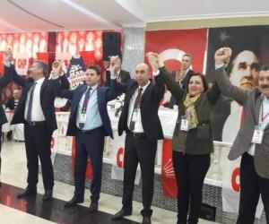 CHP Amasya'da Reşat Karagöz yeniden başkan seçildi
