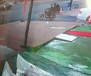 Gündüz vakti motosiklet çalan 3 hırsız kayıplara karıştı