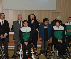 Büyükşehir'den Tekerlekli Sandalye Basketbol Takımı'na destek