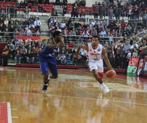 FIBA Basketbol Şampiyonlar Ligi: Pınar Karşıyaka: 85 - Ewe Baskets Oldenburg: 86