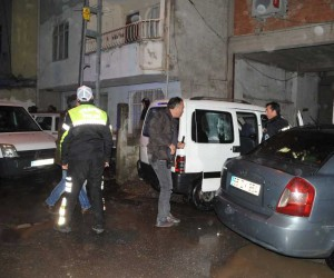 Polisin 'dur' ihtarına uymayan araçla kovalamaca yaşandı