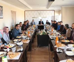 Başkan Erkan, basın mensuplarıyla bir araya geldi