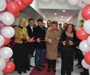 Orhangazi İmam Hatip Ortaokulu'nda konferans salonu açılışı yapıldı