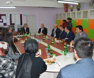 Kaymakam Önder'den okul ziyaretleri
