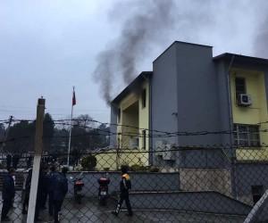 PTT Dağıtım ve Toplama merkezinde çıkan yangın söndürüldü