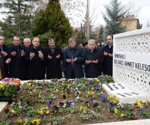 Hayırsever işadamı Dr. Ahmet Keleşoğlu mezarı başında anıldı