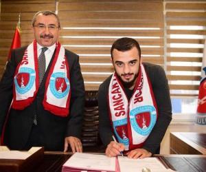 Dünya şampiyonu Uslu, Sancaktepe ile sözleşme imzaladı