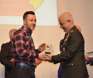 Kocaeli Gazeteciler Cemiyeti'nden İHA'ya 2 ödül