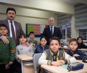 Başkan Avcı, Burhan Erdayı İlkokulunda