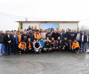 Başkan Remzi Aydın, temizlik personelini ziyaret etti