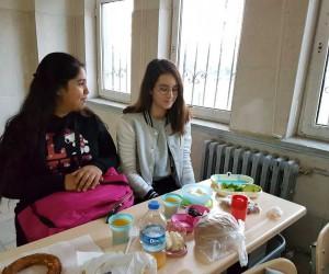 Hacı Mustafa Müdüroğlu Ortaokulu'nda kahvaltı etkinliği