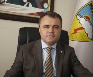 Antalya'da yunuslar meteoroloji şamandıra kurulumuna eşlik etti