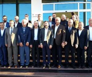 Milletvekilleri Başkan Uslu'yla bir araya geldi