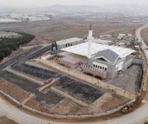 Çimşit Mezarlığı'ndaki cami ve tesislerde son rötuşlar