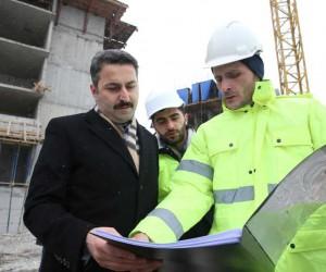 Durdurulan TOKİ konutları inşaatı yeniden başladı