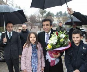 Vali Güzeoğlu, Ergani'de muhtarlarla bir araya geldi
