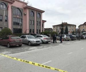 Adalet Sarayı önünde silahlı çatışma: 4 yaralı