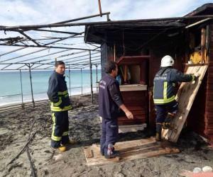 Alanya'da büfe yangını korkuttu