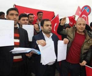 (Özel Haber) Şanlıurfalı gençler Afrin'de savaşmak için askerlik şubesine dilekçe verdi