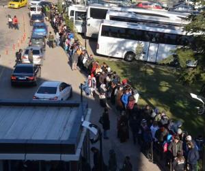 Eksi 18 dereceye rağmen Uludağ'a akın ettiler
