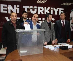 AK Parti Yunusemre Teşkilatında temayül heyecanı
