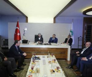 AK Parti Sosyal Politikalar Başkanı Çalık, Başkan Çelik'i ziyaret etti