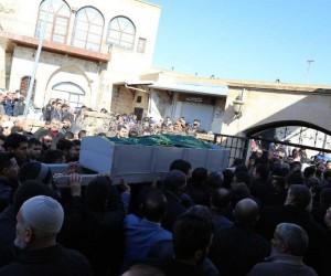 Şofben faciasında ölen çift, yan yana defnedildi