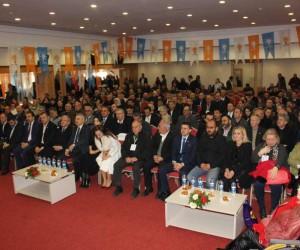Kuşadası AK Parti'nin yeni ilçe başkanı Mustafa Gökçe oldu