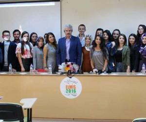 Ereğli Eğitim Fakültesi Yeşilçam sanatçısı Bircan Kerem'i ağırladı