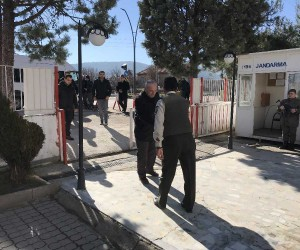 75 yaşında Afrin'e gitmek için dilekçe verdi