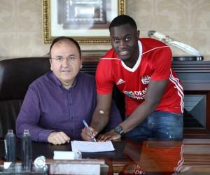 Sivasspor'da Henri Saivet sözleşmeyi imzaladı