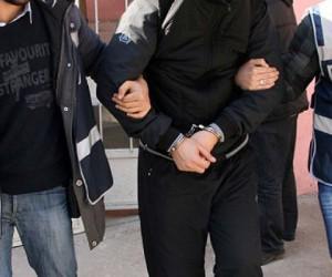Bursa'da akademisyenlere fetö gözaltısı
