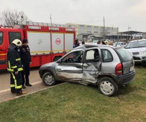 Metal Sanayi Kavşağında kaza 1 yaralı