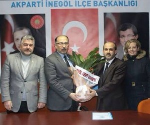 Şeyma Topalak AK Parti yöneticiliğinden istifa etti