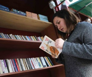 Karşıyakalılar kitap değişimini çok sevdi